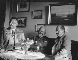Tre missionærer i Israelsmissionen fra ca. 1920. Fra venstre ses Aage Esbo, Philemon Petri og Abraham Scheradsky. De to sidste af jødisk fødsel.
