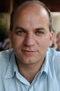 Viktor Kalisher, generalsekretæren i Det Israelske Bibelselskab har været i Danmark for at fortælle om arbejdet.