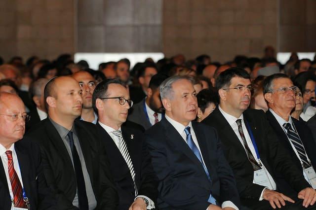 Over 1.200 mennesker fra mere end 80 lande var repræsenteret ved konferencen - heriblandt Israels premierminister Benjamin Netanyahu, andre politikere og ledende personer i interesseorganisationer. Øverst: Simon Milner fra Facebook. (Foto: Israel Ministry of Foreign Affairs)